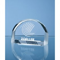 Optical crystal magnifying paperweight