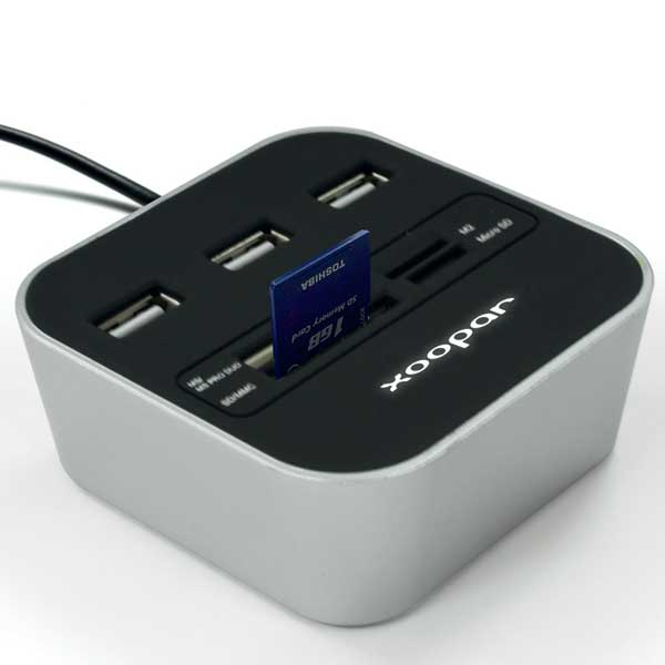 Xoopar® Podium USB Hub and card reader